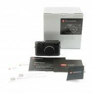 Leica M10 Monochrom + Box